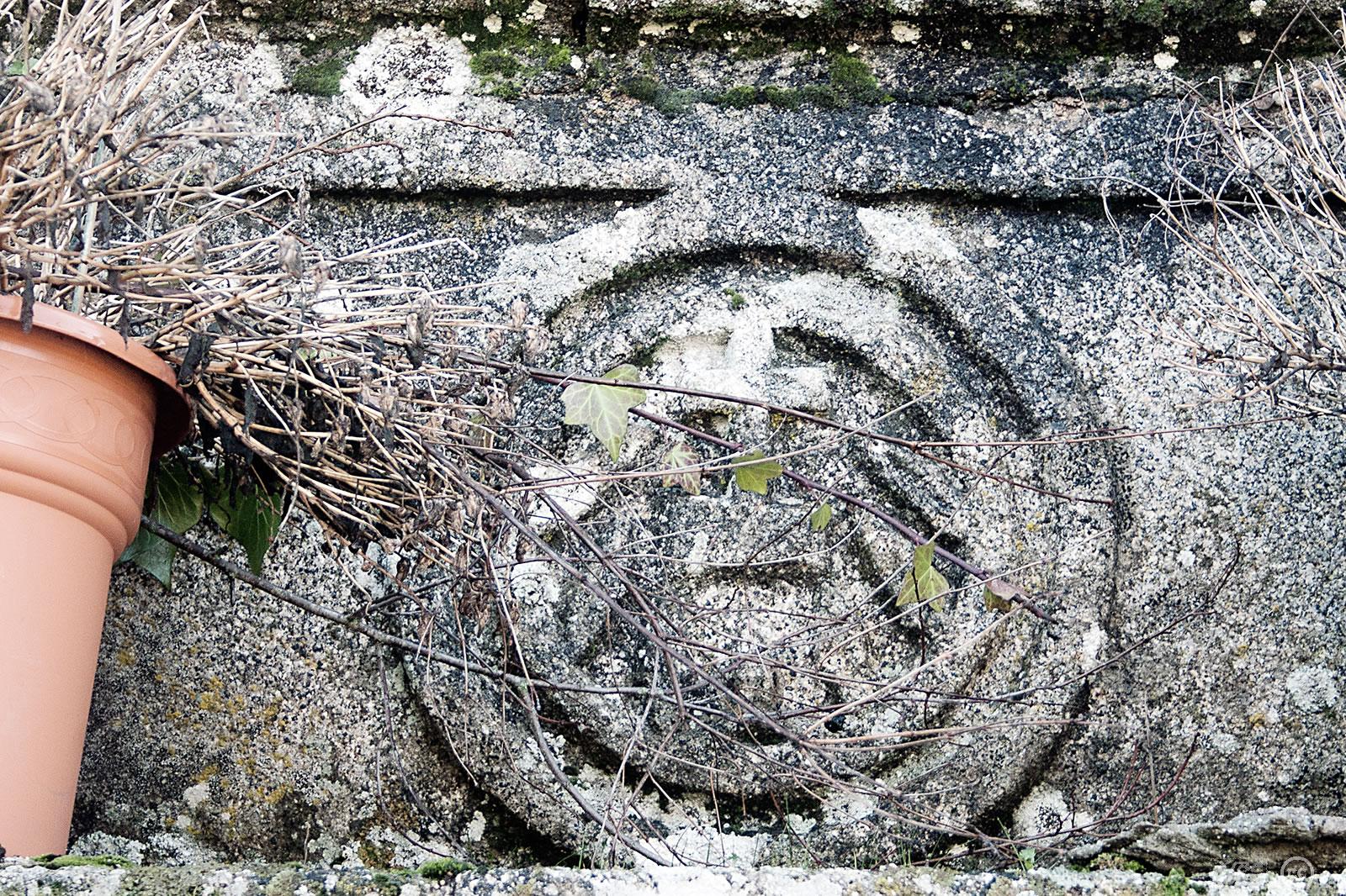 Iglesia y sepulturas