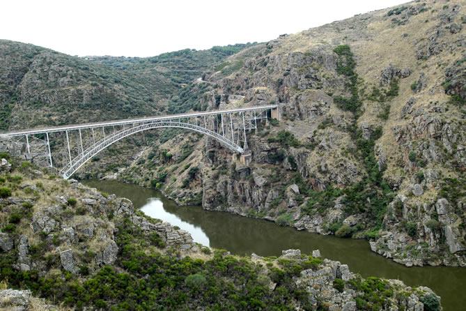 Puente de Requejo. Rutas el Quijote
