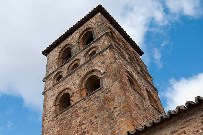 Iglesia de Santa María de Tábara. Rutas del Quijote